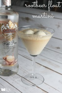 Need a tasty summer drink? This delicious root beer float martini is an easy drink recipe! Try it, you'll love it!