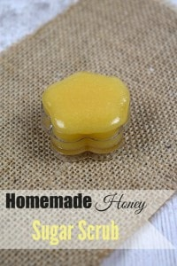 Homemade Honey Lip Scrub