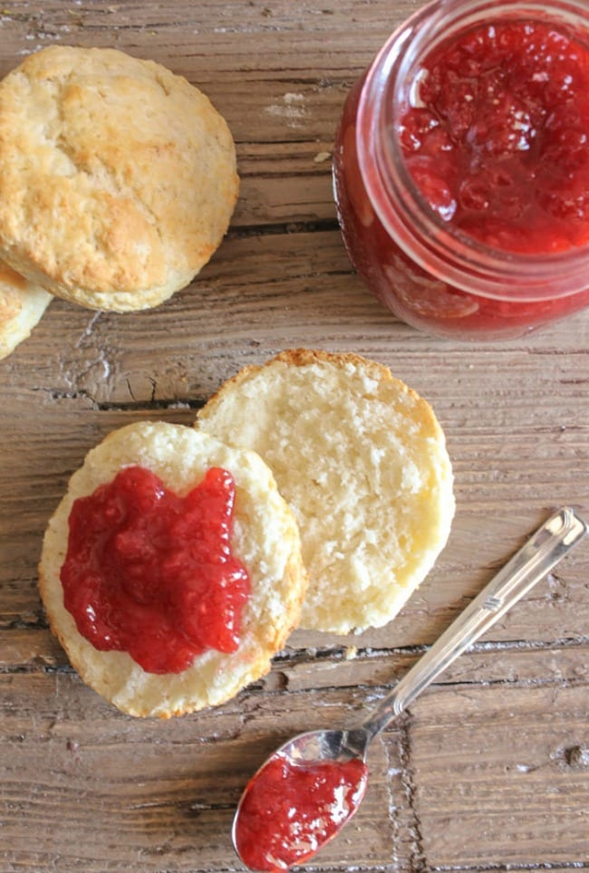 homemade-no-pectin-strawberry-jam-and-best-biscuits-blog1-1-of-1